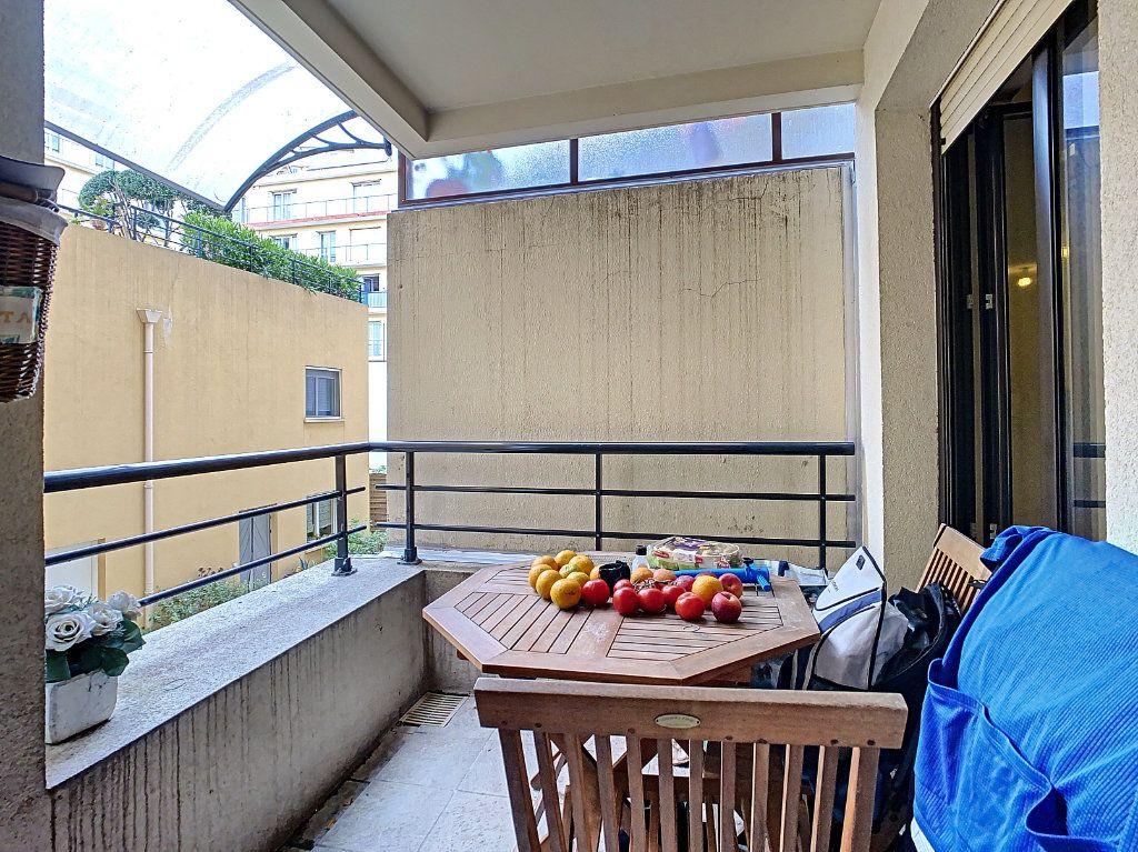 Appartement à vendre 2 41.9m2 à Menton vignette-2