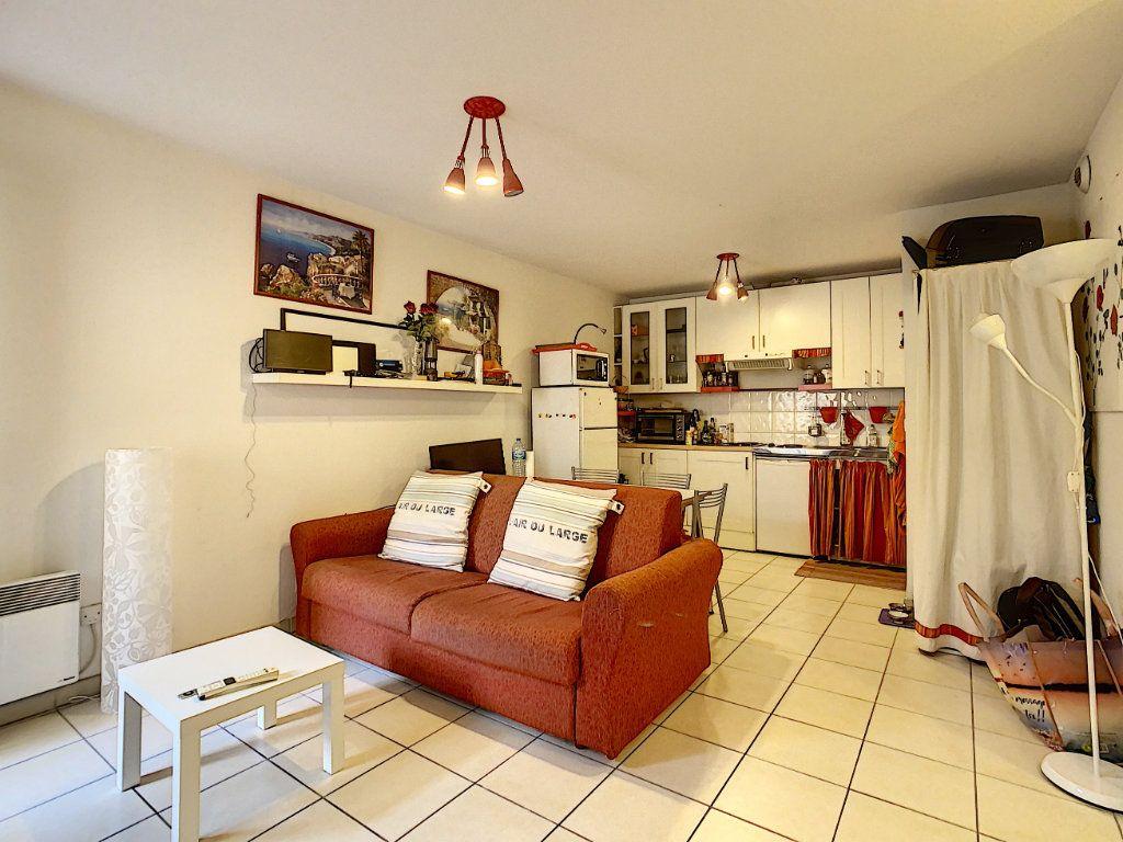 Appartement à vendre 2 41.9m2 à Menton vignette-3