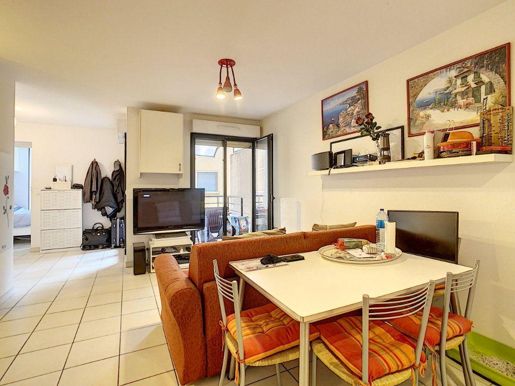 Appartement à vendre 2 41.9m2 à Menton vignette-4