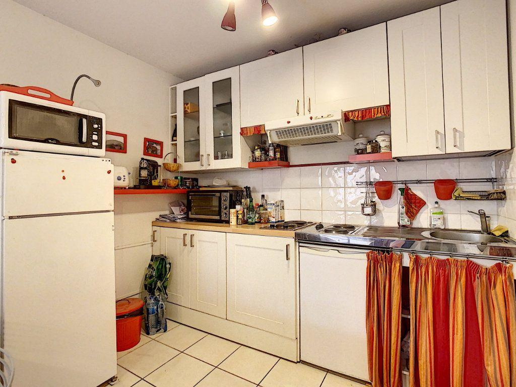 Appartement à vendre 2 41.9m2 à Menton vignette-6