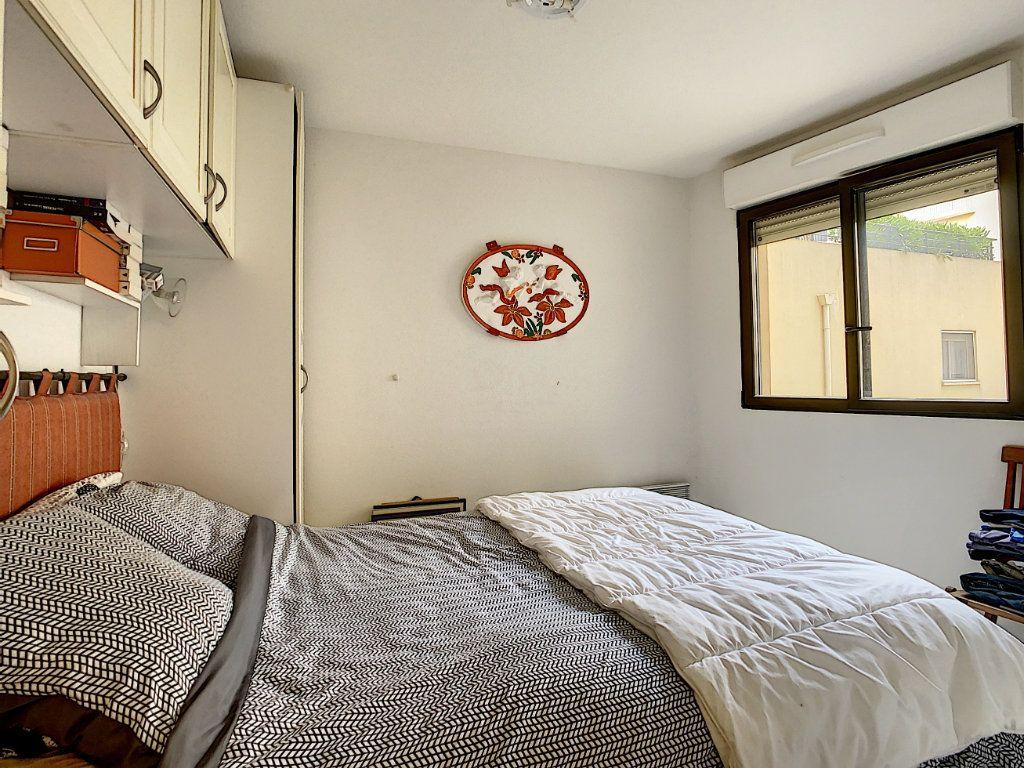 Appartement à vendre 2 41.9m2 à Menton vignette-8
