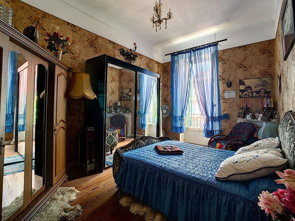 Appartement à vendre 3 73.7m2 à Menton vignette-6