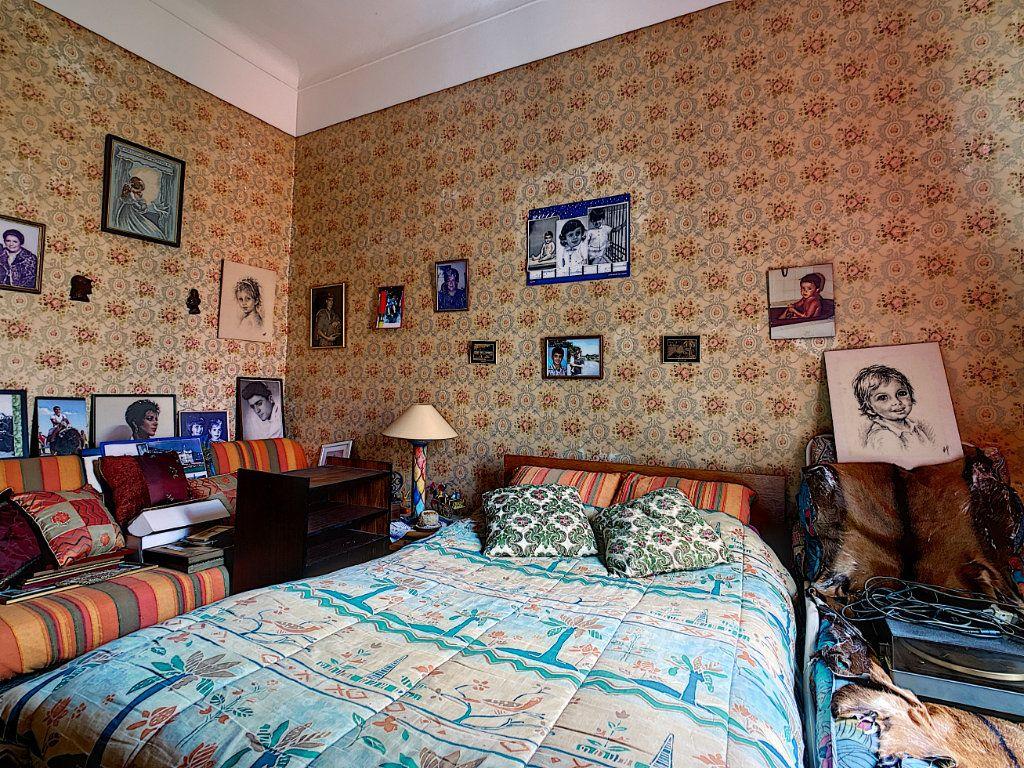 Appartement à vendre 3 73.7m2 à Menton vignette-9