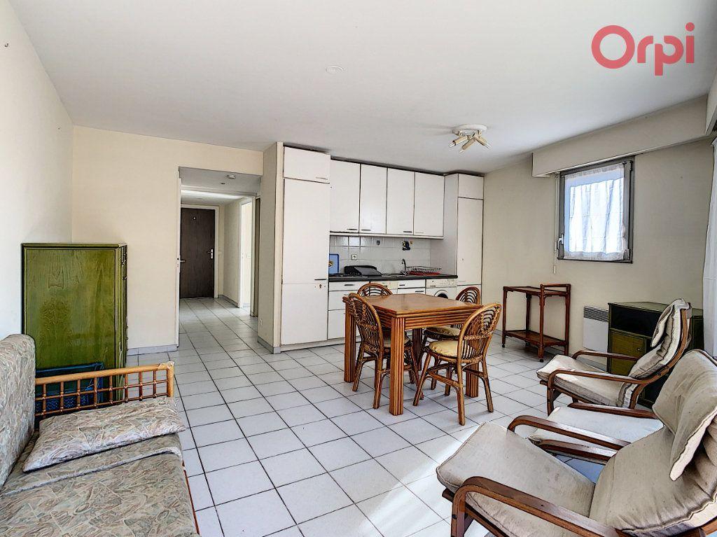 Appartement à vendre 2 46m2 à Menton vignette-4