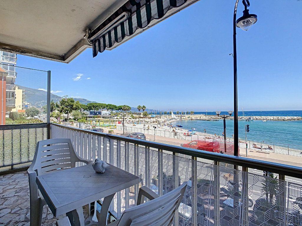 Appartement à vendre 3 79m2 à Roquebrune-Cap-Martin vignette-1
