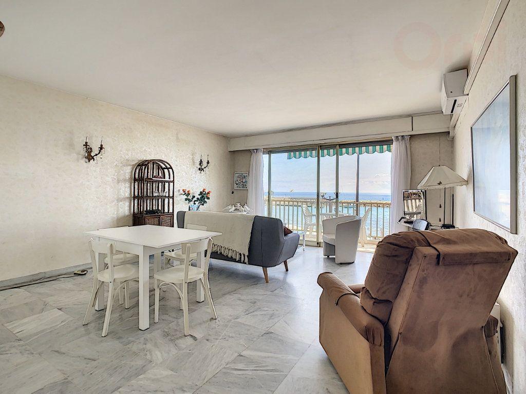 Appartement à vendre 3 79m2 à Roquebrune-Cap-Martin vignette-3