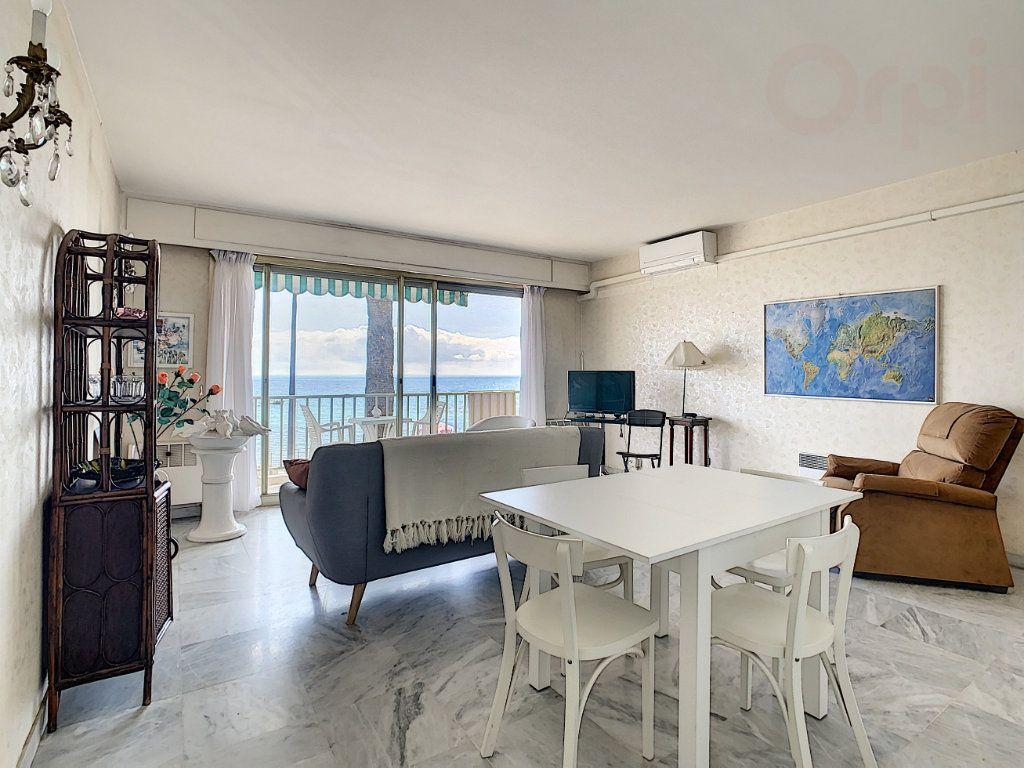 Appartement à vendre 3 79m2 à Roquebrune-Cap-Martin vignette-4