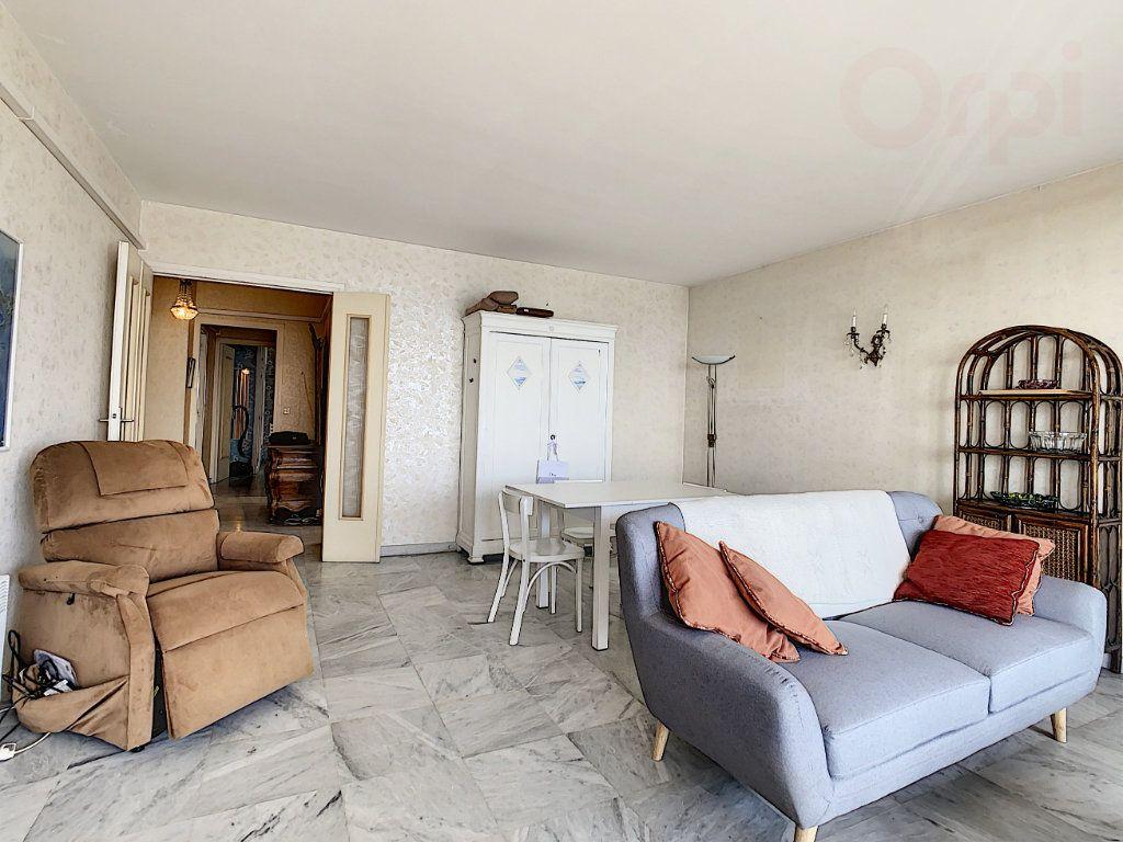Appartement à vendre 3 79m2 à Roquebrune-Cap-Martin vignette-7