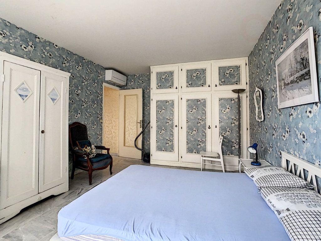 Appartement à vendre 3 79m2 à Roquebrune-Cap-Martin vignette-8