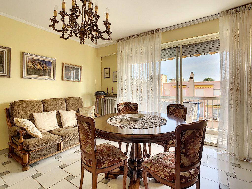 Appartement à vendre 2 47.75m2 à Menton vignette-5