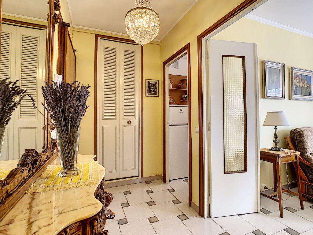 Appartement à vendre 2 47.75m2 à Menton vignette-11