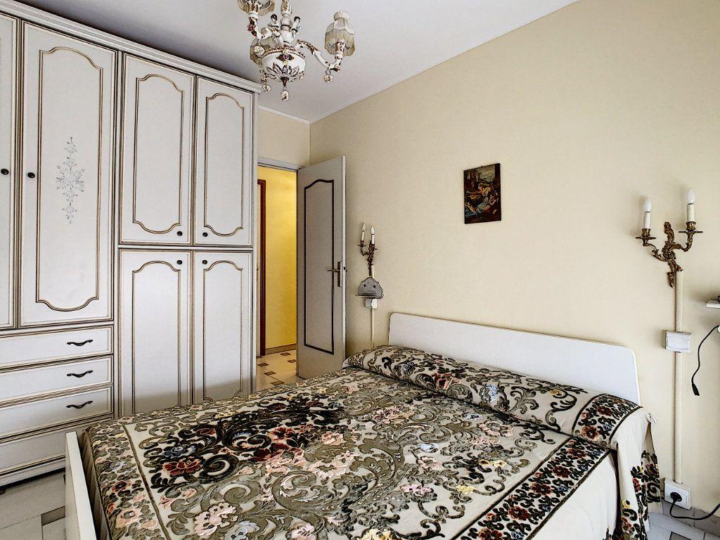 Appartement à vendre 2 47.75m2 à Menton vignette-13