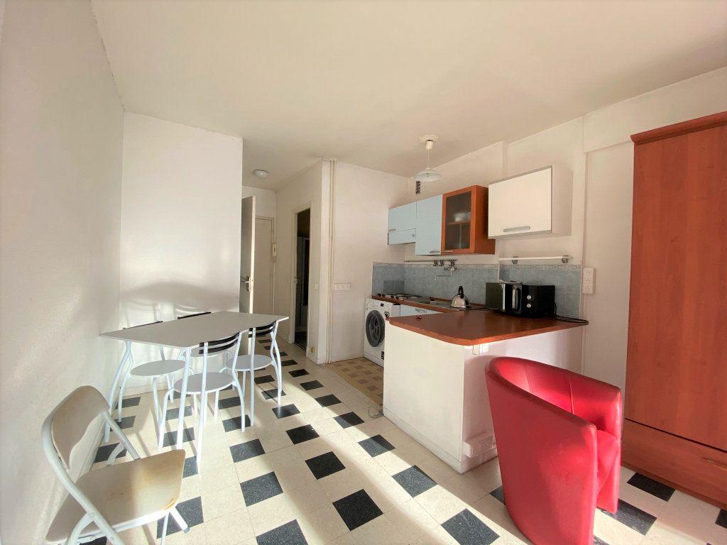 Appartement à vendre 1 30.26m2 à Menton vignette-2