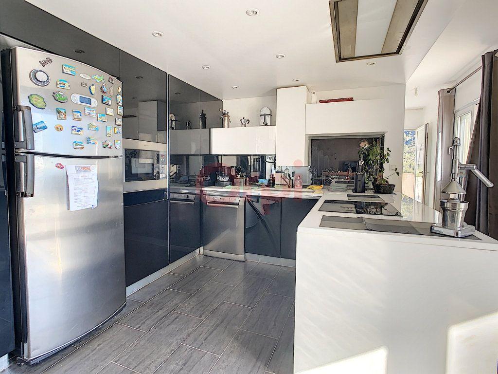 Maison à vendre 4 143m2 à Castellar vignette-4