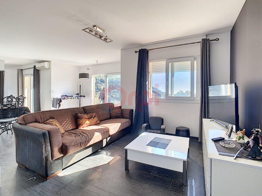 Maison à vendre 4 143m2 à Castellar vignette-6
