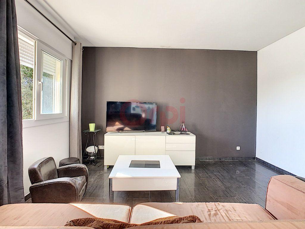 Maison à vendre 4 143m2 à Castellar vignette-8