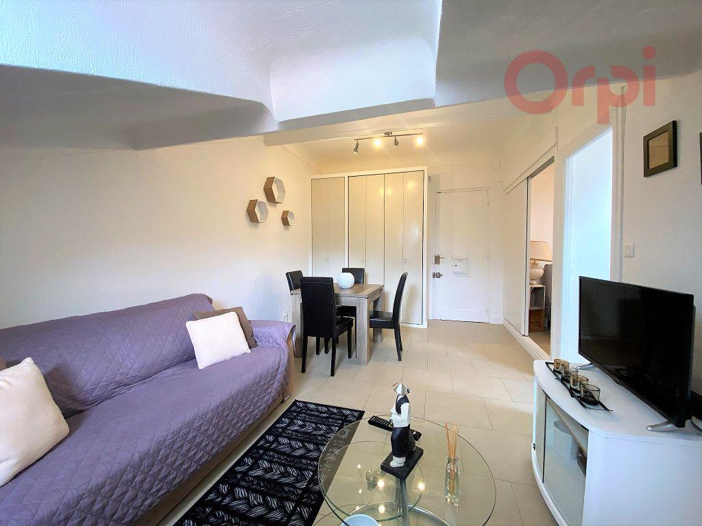 Appartement à louer 1 29.8m2 à Menton vignette-1