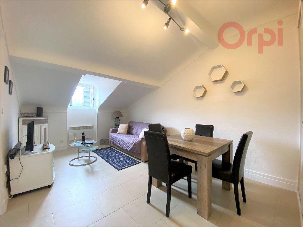 Appartement à louer 1 29.8m2 à Menton vignette-2