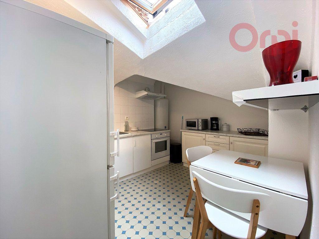 Appartement à louer 1 29.8m2 à Menton vignette-4