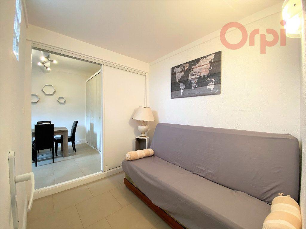 Appartement à louer 1 29.8m2 à Menton vignette-7