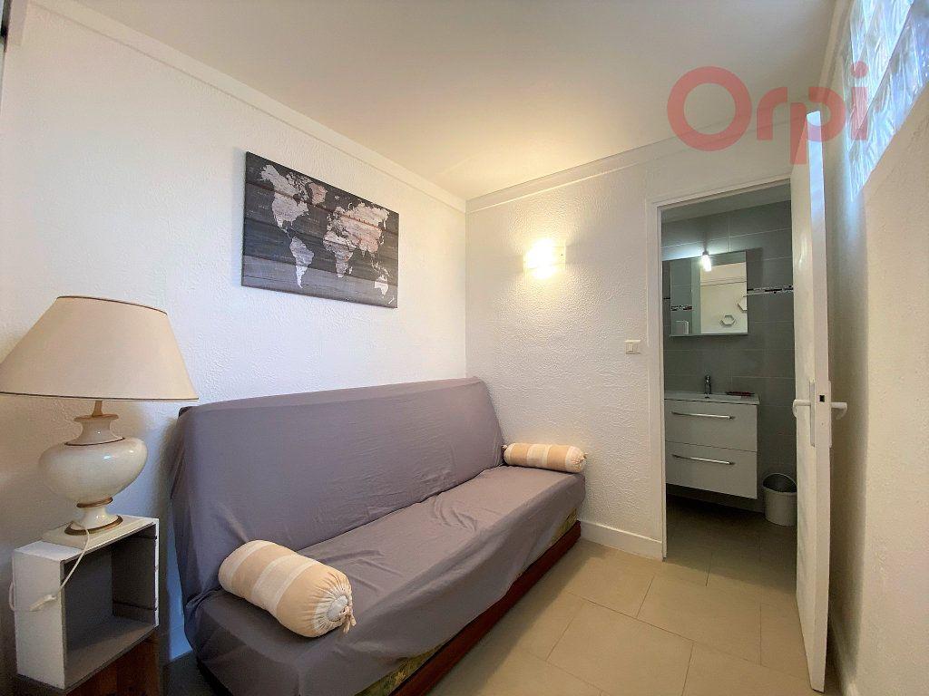 Appartement à louer 1 29.8m2 à Menton vignette-8