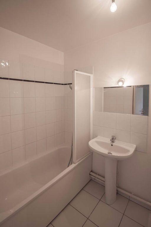 Appartement à louer 2 44.8m2 à Osny vignette-8