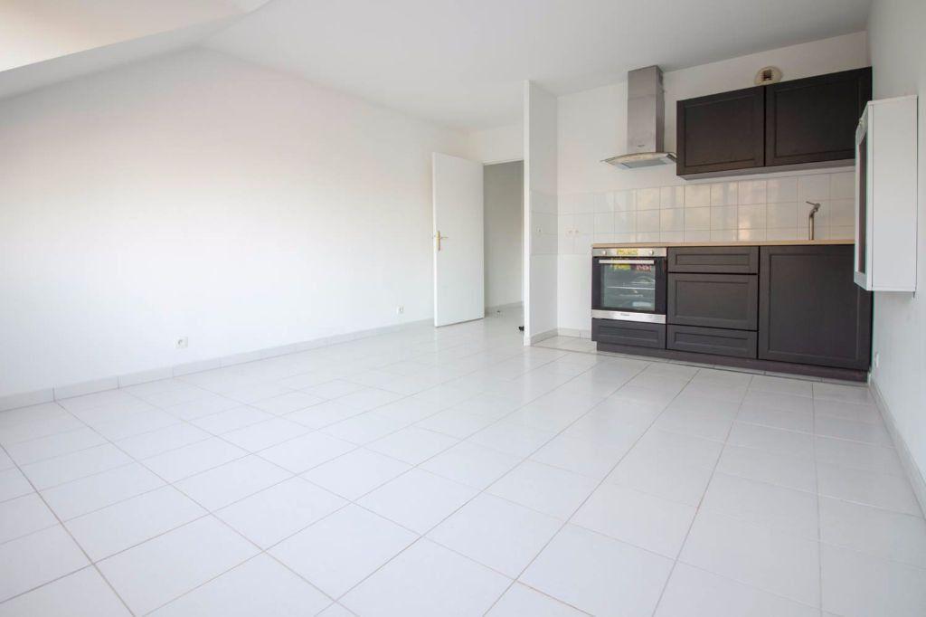 Appartement à louer 1 26.84m2 à Osny vignette-1