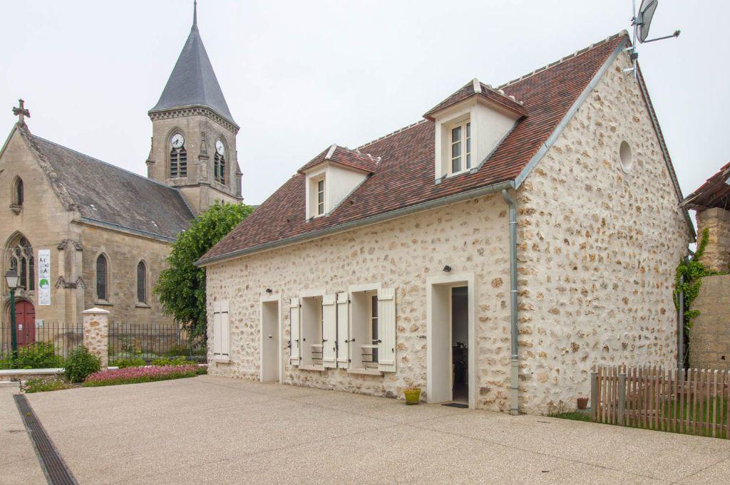 Maison à louer 5 100.97m2 à Frémainville vignette-1