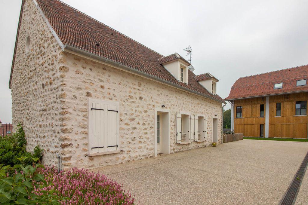 Maison à louer 5 100.97m2 à Frémainville vignette-13