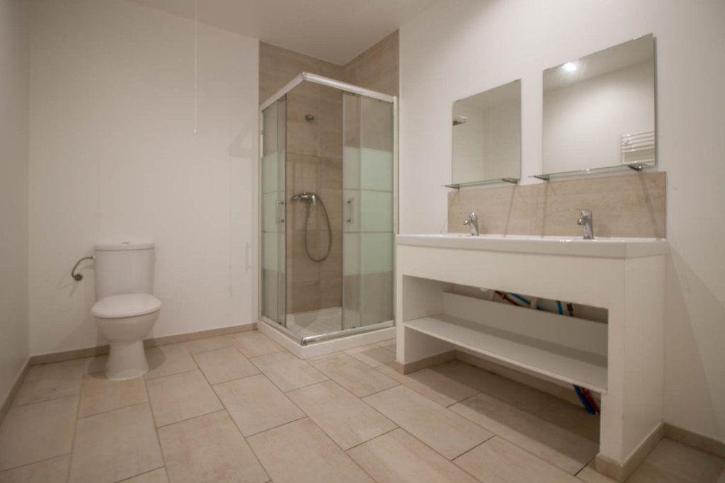 Appartement à louer 3 79.32m2 à Frémainville vignette-7