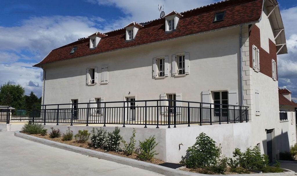 Appartement à louer 3 79.32m2 à Frémainville vignette-9