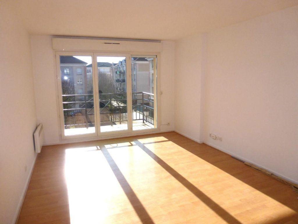 Appartement à louer 2 41.52m2 à Cergy vignette-1