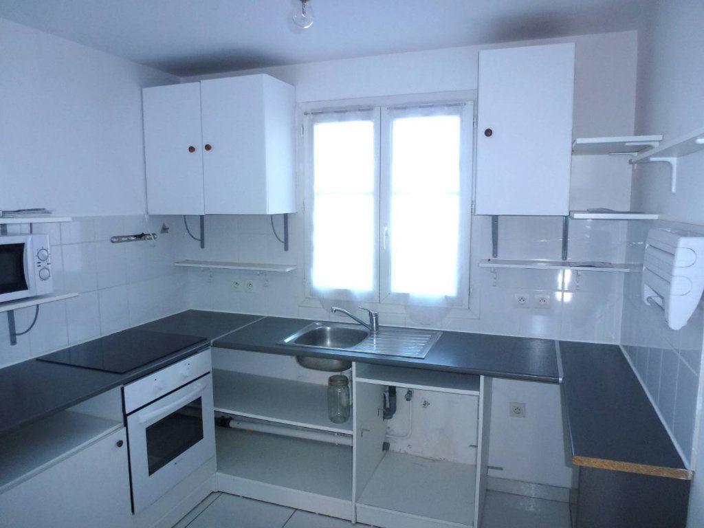 Appartement à louer 2 41.52m2 à Cergy vignette-2