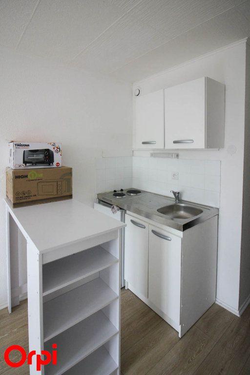 Appartement à louer 1 18m2 à Cergy vignette-3