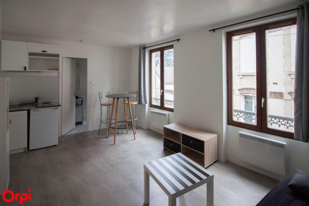 Appartement à louer 1 22m2 à Pontoise vignette-1