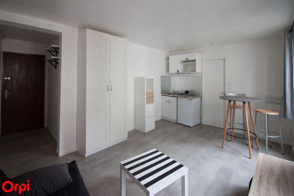 Appartement à louer 1 22m2 à Pontoise vignette-2