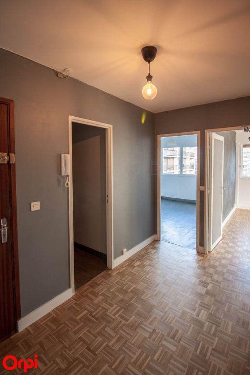 Appartement à louer 3 65.69m2 à Pontoise vignette-4