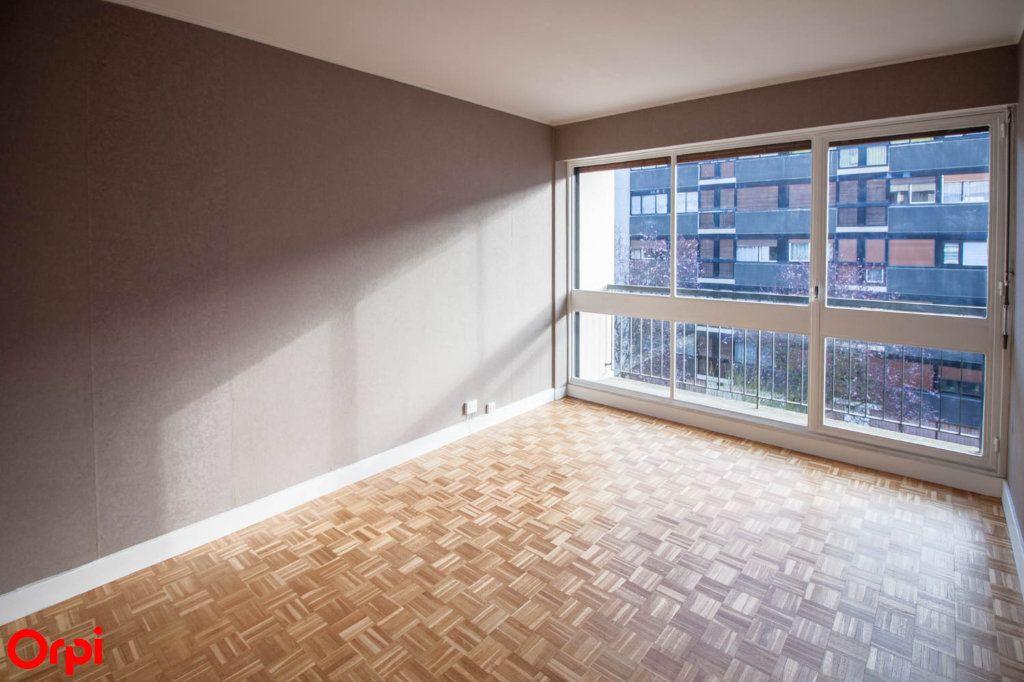 Appartement à louer 3 65.69m2 à Pontoise vignette-5