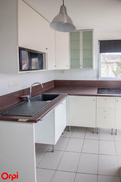 Appartement à louer 2 28.65m2 à Vauréal vignette-3