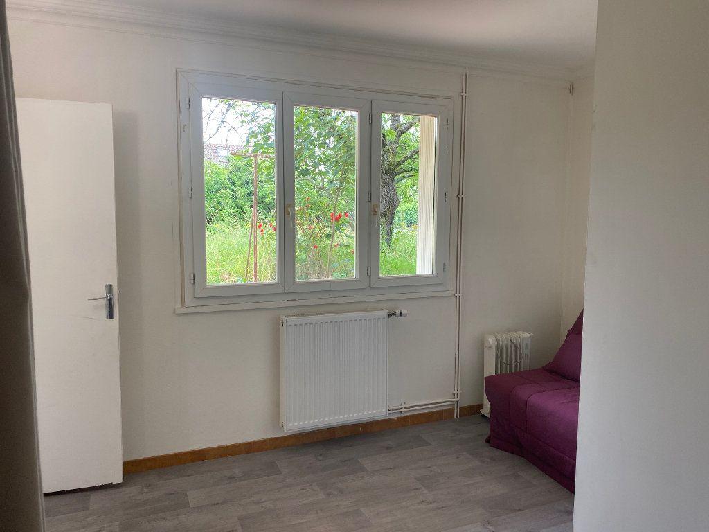 Appartement à louer 2 26.8m2 à Osny vignette-5