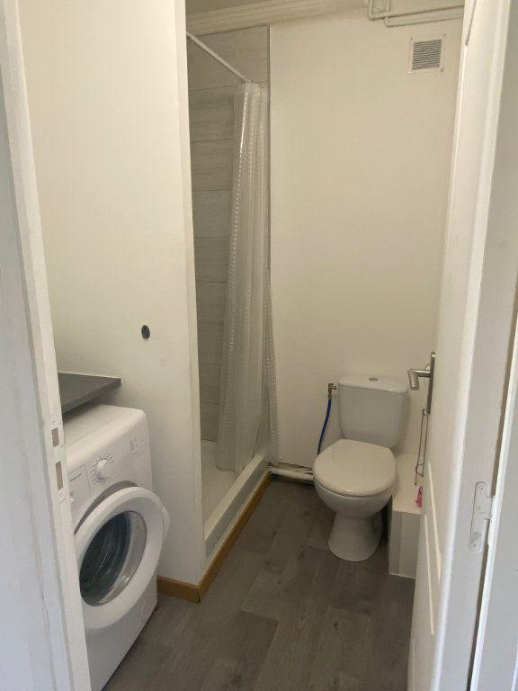 Appartement à louer 2 26.8m2 à Osny vignette-6