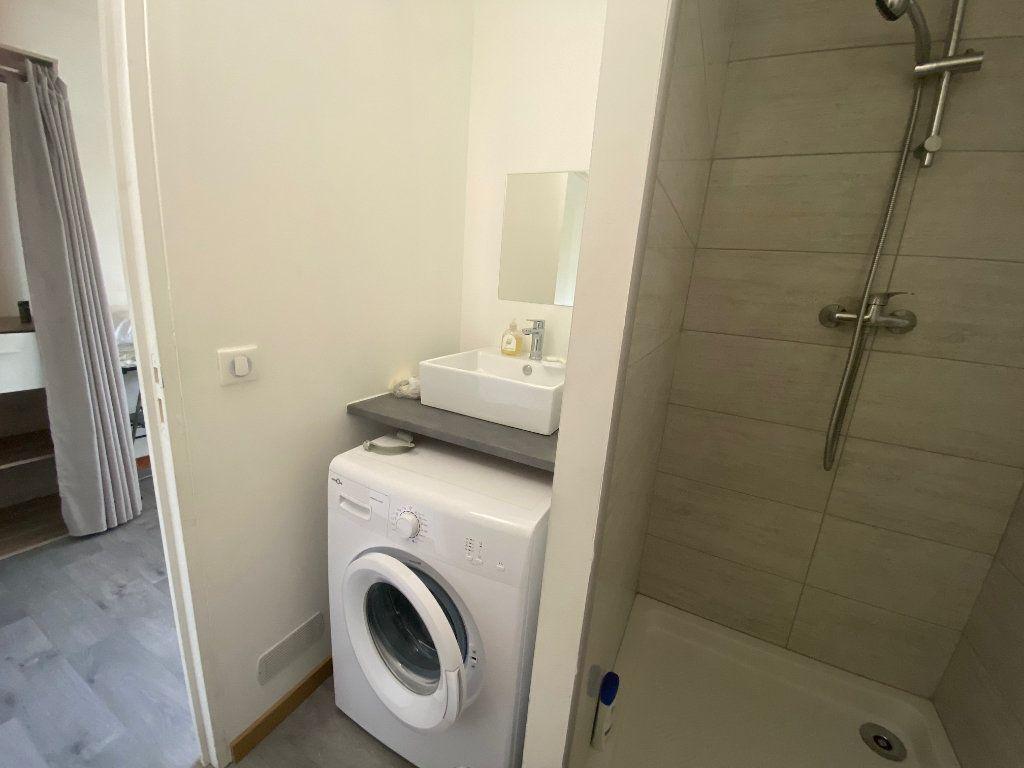 Appartement à louer 2 26.8m2 à Osny vignette-7