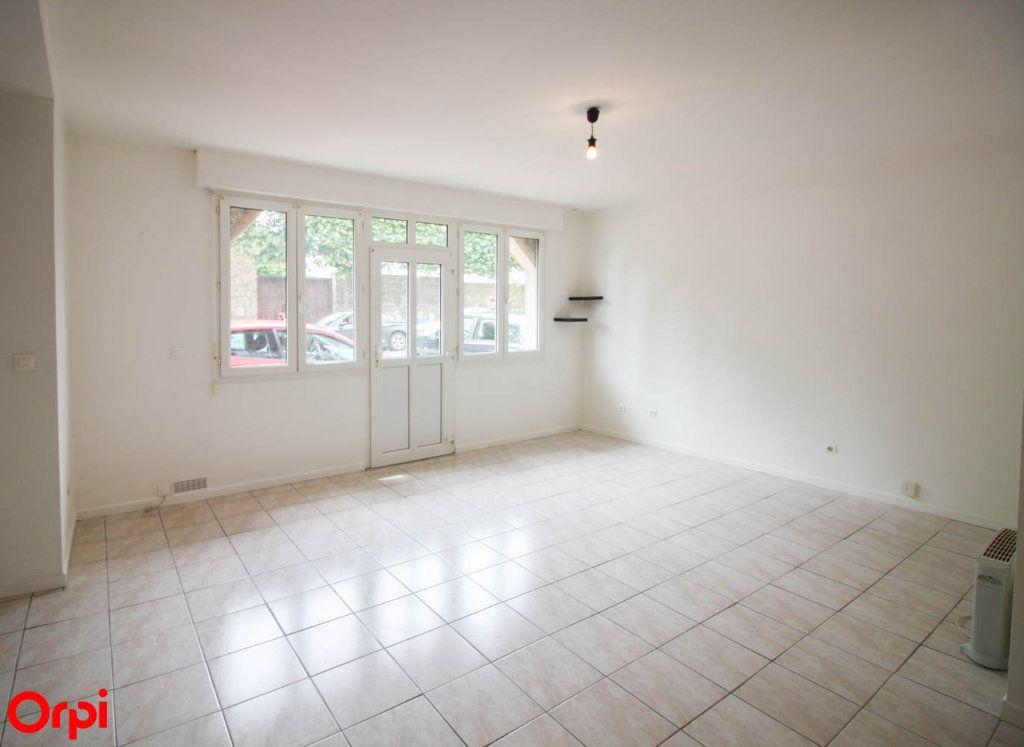 Appartement à louer 2 42.43m2 à Pontoise vignette-1