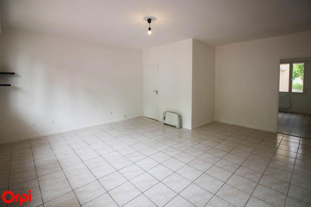 Appartement à louer 2 42.43m2 à Pontoise vignette-2
