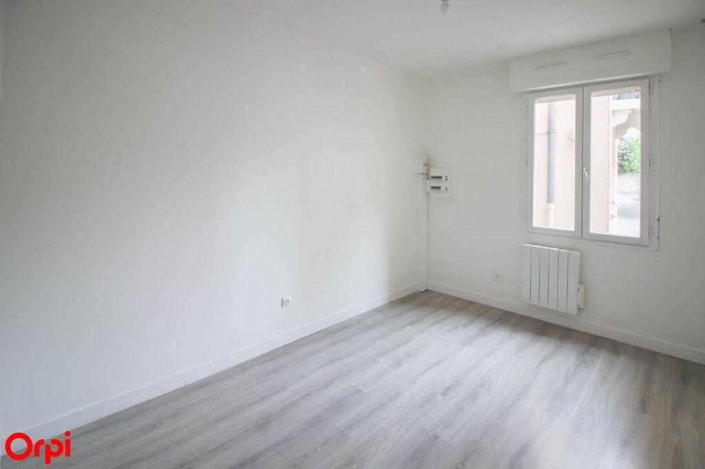 Appartement à louer 2 42.43m2 à Pontoise vignette-6
