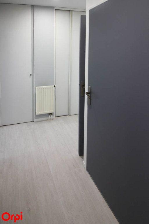Appartement à louer 3 63.92m2 à Cergy vignette-6