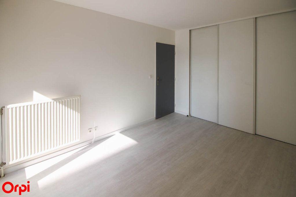 Appartement à louer 3 63.92m2 à Cergy vignette-7