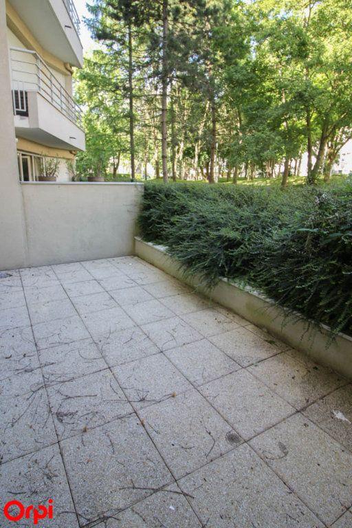 Appartement à louer 3 63.92m2 à Cergy vignette-10