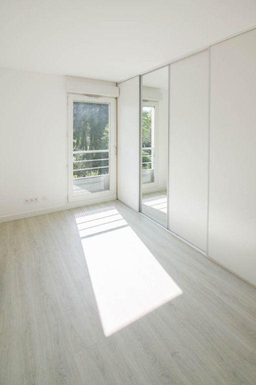 Appartement à louer 3 72.28m2 à Osny vignette-5