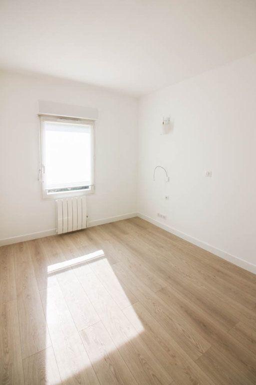 Appartement à louer 3 72.28m2 à Osny vignette-6